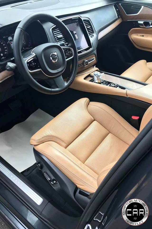 lavage interieur ext rieur et traitement carrosserie ceramic dashcoat pour cette volvo xc90. Black Bedroom Furniture Sets. Home Design Ideas